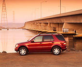 AUT 05 RK0175 01