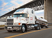 AUT 07 RK0382 01