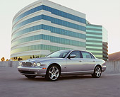 AUT 12 RK0216 01