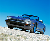 AUT 25 RK0589 02