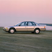 AUT 25 RK0819 01