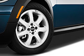 AUT 30 IZ1200 01