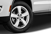 AUT 30 IZ1223 01