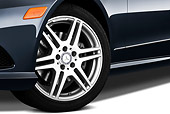 AUT 30 IZ1296 01