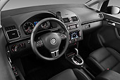 AUT 30 IZ1323 01
