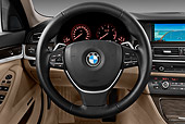 AUT 30 IZ1436 01
