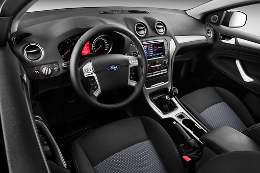 Trend car stock photos kimballstock - Ford mondeo interior ...