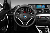 AUT 30 IZ1499 01