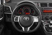 AUT 30 IZ1597 01