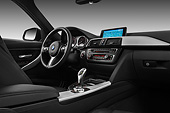 AUT 30 IZ1734 01