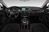 AUT 30 IZ1818 01