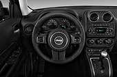 AUT 30 IZ2130 01