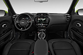 AUT 30 IZ2172 01