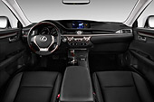 AUT 30 IZ2192 01