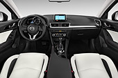AUT 30 IZ2257 01