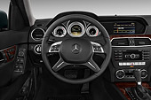 AUT 30 IZ2270 01