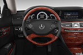 AUT 30 IZ2283 01