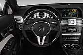 AUT 30 IZ2299 01
