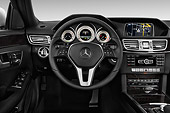 AUT 30 IZ2303 01