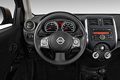 AUT 30 IZ2379 01