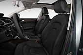 AUT 30 IZ2438 01