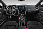 AUT 30 IZ2455 01