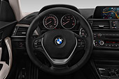 AUT 30 IZ2469 01