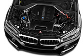 AUT 30 IZ2484 01