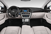 AUT 30 IZ2620 01