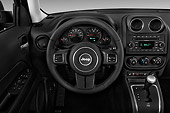 AUT 30 IZ2653 01