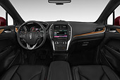 AUT 30 IZ2712 01