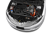 AUT 30 IZ2819 01