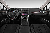 AUT 30 IZ2821 01