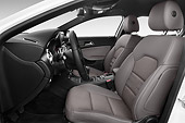 AUT 30 IZ2880 01