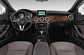 AUT 30 IZ2881 01