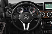 AUT 30 IZ2882 01