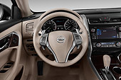 AUT 30 IZ2894 01