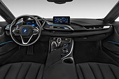 AUT 30 IZ2945 01