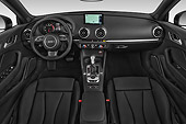 AUT 30 IZ2985 01