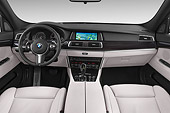 AUT 30 IZ3005 01