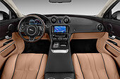 AUT 30 IZ3129 01