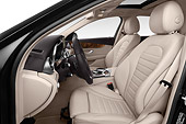 AUT 30 IZ3172 01