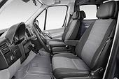 AUT 30 IZ3204 01