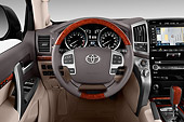 AUT 30 IZ3309 01