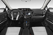 AUT 30 IZ3312 01