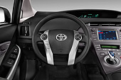 AUT 30 IZ3317 01