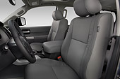 AUT 30 IZ3323 01