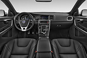 AUT 30 IZ3368 01