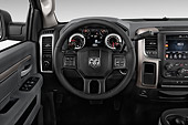 AUT 30 IZ3381 01