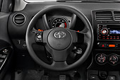 AUT 30 IZ0172 01